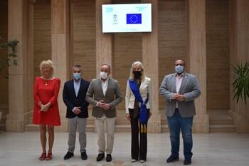 El Ayuntamiento recibe a la eurodiputada Annika Bruna