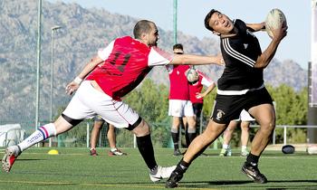 El rugby touch se abre su hueco en Valladolid