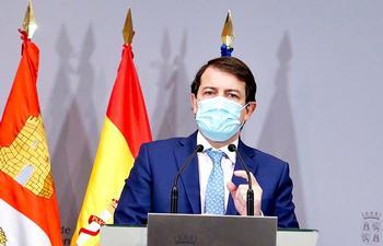 Mañueco lamenta la muerte de dos exconcejales del PP
