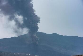 MAPFRE ofrece ayuda a los afectados por el volcán en La Palma