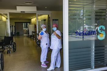 La menor cifra de hospitalizados desde el confinamiento