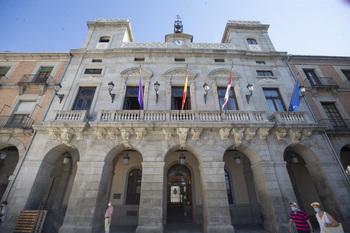 XAV avala unas ordenanzas sociales que PP y PSOE no apoyan