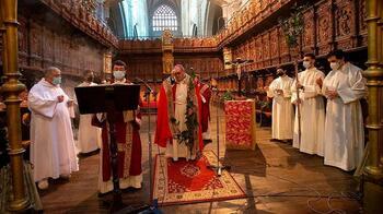 La nueva etapa llega a la diócesis con distancias y permisos