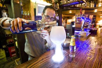 Las distribuidoras de alcohol comienzan a quedarse sin stock