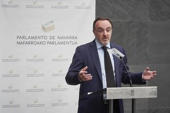 Javier Esparza considera 'inmoral' el acuerdo presupuestario