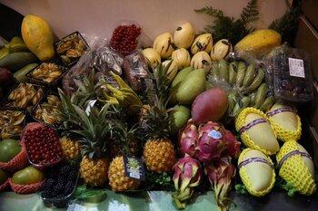 Los navarros y las navarras, los que más fruta y pan comen