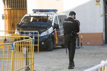 La Policía Nacional detiene a un hombre por trata de blancas