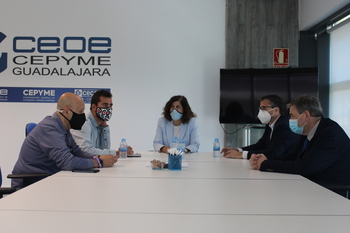 CEOE-Cepyme Guadalajara, UTG y CCOO mantienen una reunión