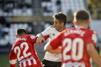 El Burgos CF y el CD Lugo igualan fuerzas en El Plantío