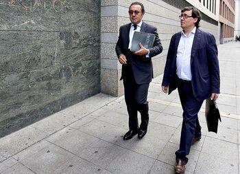 La Fiscalía pide 138 años a los acusados de la trama eólica