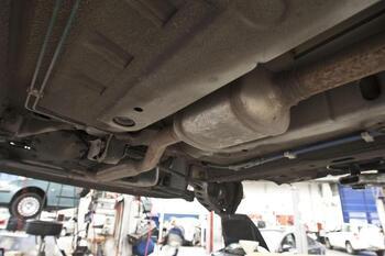8 denuncias por robo de catalizadores en vehículos de Aranda