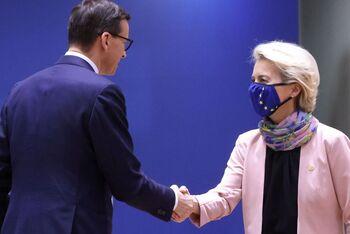 La cumbre europea no soluciona el pulso judicial con Polonia