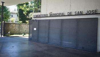 El sábado se restringe el acceso en coche al cementerio