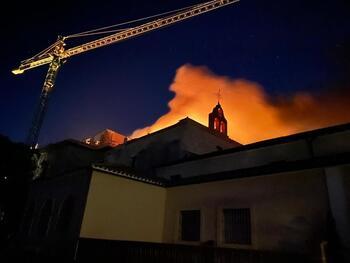 Arde de nuevo el tejado del monasterio de Alconada