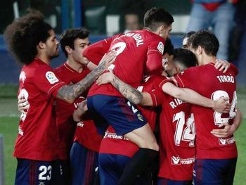 El Valencia naufraga ante un Osasuna de Primera