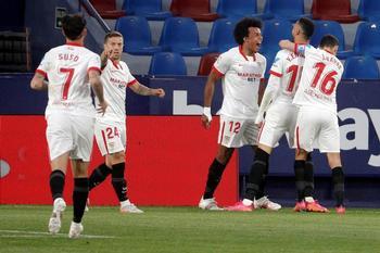 El Sevilla no afloja en la lucha por el título