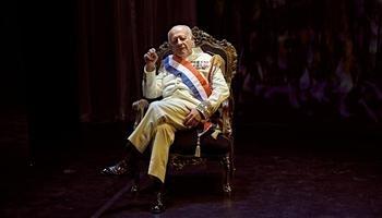El intérprete madrileño da vida «desde el naturalismo» al general Trujillo, que gobernó la República Dominicana con mano de hierro durante más de tres décadas.