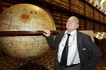 El novelista, ensayista y lingüista fallecido hace dos años pertenece a la denominada Generación de los 50.