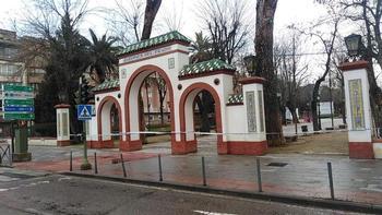 Talavera cierra parques y zonas arboladas por fuerte viento