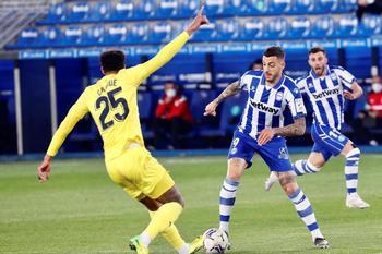 El Villarreal tropieza con Joselu
