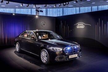 Mercedes-Benz presenta un blindado con tracción total