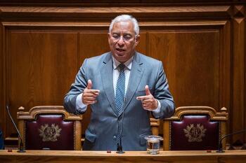 El Parlamento de Portugal tumba los presupuestos del Gobierno