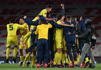 El Villarreal salda su deuda con la historia