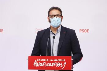 El PSOE regional acusa a Paco Núñez de «extremismo»