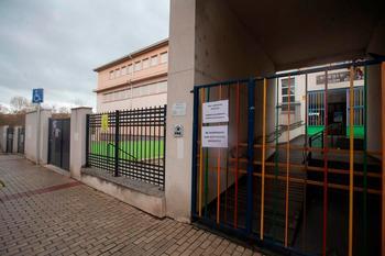 Cerradas cuatro aulas más por casos covid