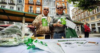 La AECC instala 18 mesas de cuestación en Valladolid