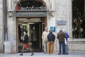 Las pernoctaciones en hoteles aumentan un 61% en julio