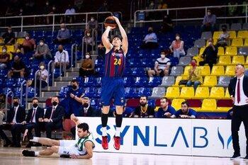 El Barça termina con la 'Penya'