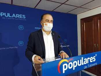 Vigilará la labor de la ministra de Transportes con Talavera
