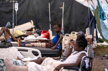 Asciende a más de 2.000 los muertos por el terremoto de Haití