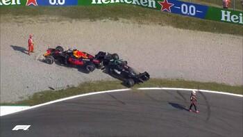 Verstappen, sancionado para Sochi por su choque con Hamilton