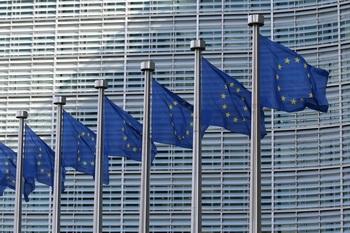 Bruselas plantea la lucha común contra el blanqueo de capitales