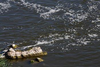 La CHT multa al Ayuntamiento por vertidos al río