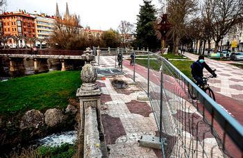 La zona lleva vallada desde el mes de enero para evitar accidentes.