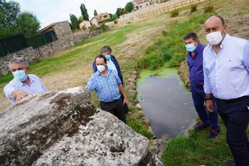 De Vicente repasa obras en otros ocho pueblos de la sierra