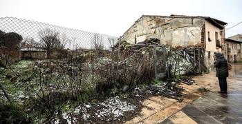 Primer paso para recuperar las casas de la plaza del Sobrado