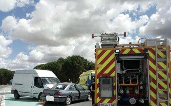 Una fallecida y dos heridos en una colisión en Valladolid