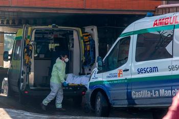 40 fallecidos en un día en CLM y 2.841 contagios
