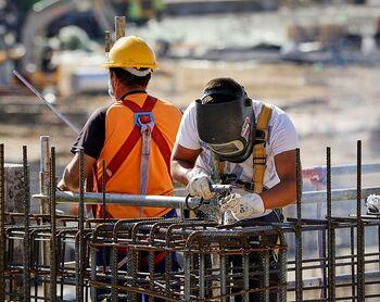 Trabajo plantea limitar a un año la duración de los nuevos ERTE