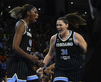 Astou Ndour consigue el tercer título español en la WNBA