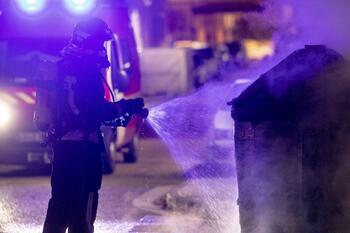 Otros 4 contenedores arden de madrugada en Briviesca