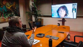 Rodrigo Pérez Barredo y Elisa Delibes trazaron el periplo del autor en tierras burgalesas en una charla emitida en el canal de YouTube del Instituto de la Lengua.