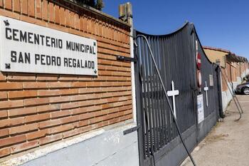 Podemos pide mejorar el acceso al cementerio de Aranda