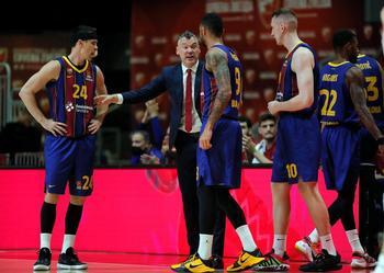 El Barça saca galones de líder en Belgrado