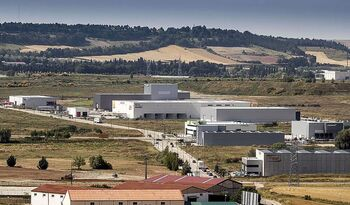 Una empresa checa reserva 62.000 metros en Villalonquéjar