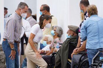 Los Reyes transmiten su apoyo a los evacuados en La Palma